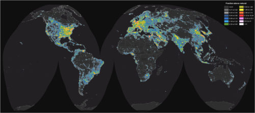 Bild: Jurij Stare, www.lightpollutionmap.info; data: Earth Observation Group, NOAA National Geophysical Data Center