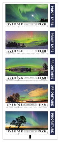 Den 10 november lanseras den nya frimärksserien med Göran Strands norrskensbilder. Bild: Postnord/Göran Strand.