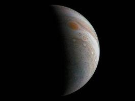 Bild: NASA/JPL-Caltech/SwRI/MSSS/Roman Tkachenko
