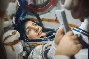 Jessica Meir. Foto: NASA/Victor Zelentsov