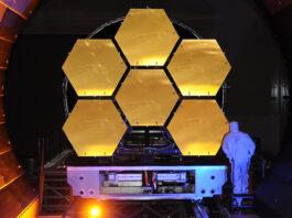 Delar av speglarna till James Webb-teleskopet under testning. Bild: Ball Aerospace