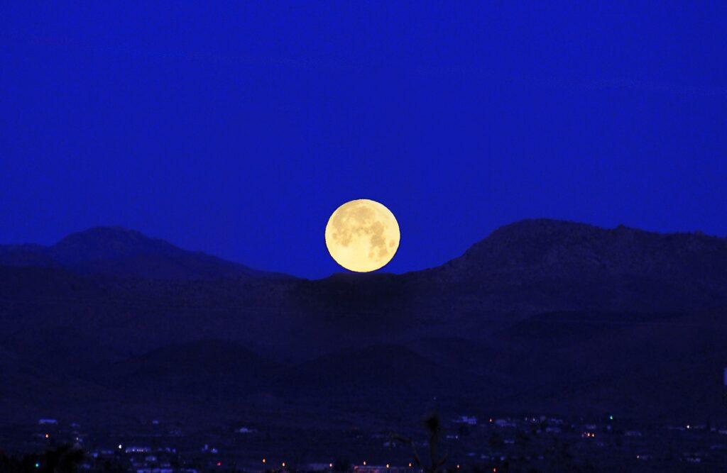 Månen. Bildkälla: Jessie Eastland